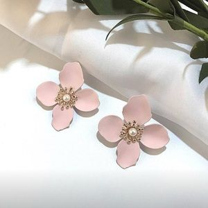 Jewelry - Pink flower pedal earrings hand crafted NWT
